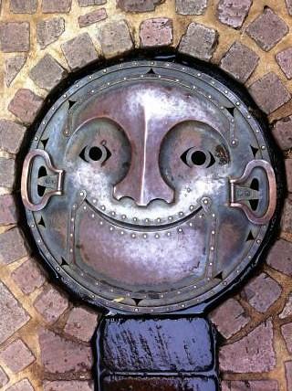 manhole-cover-ghibli
