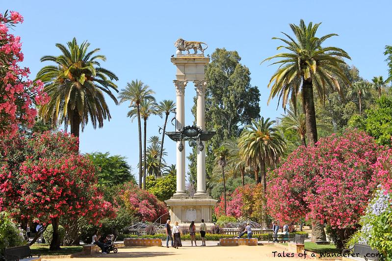 SEVILLA - Paseo de Catalina de Ribera - Monumento a Cristóbal Colón