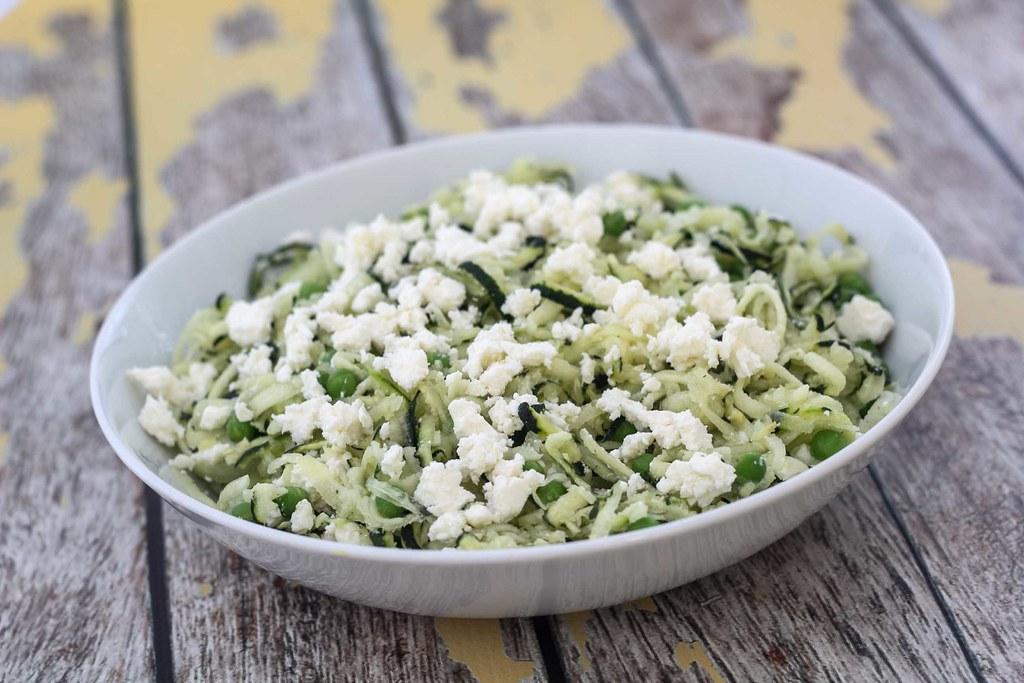 Squashsalat med feta og ærter (5)