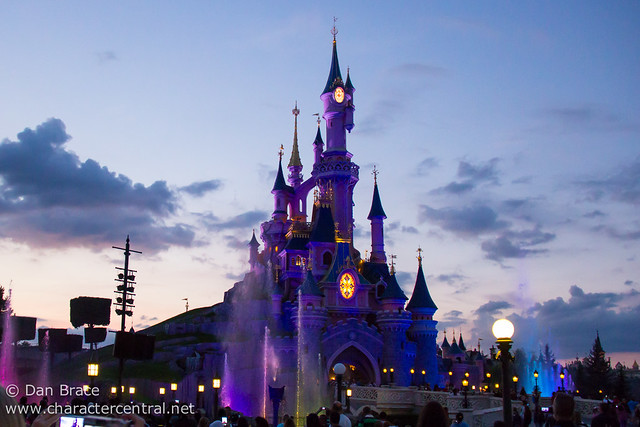 Castle Fountain Show