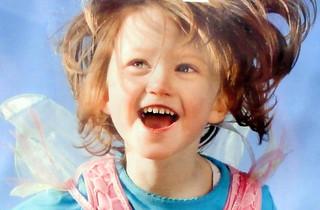 44# Happyness is de lach van een kind