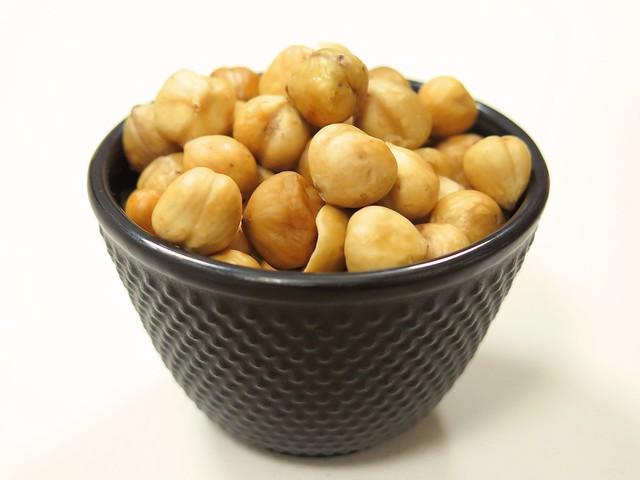 Hazelnuts 5b