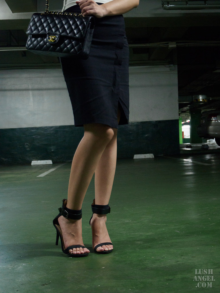 black-heels-sandals