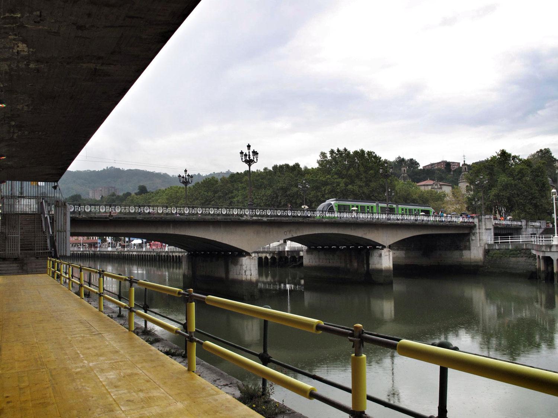 estacion la naja tren bilbao_fuente: reharq.com