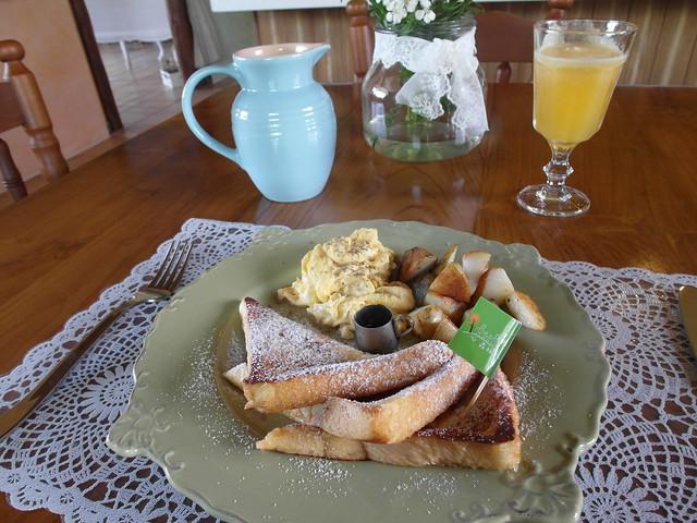 早餐:法國吐司+炒蛋+馬鈴薯塊@宜蘭心森林民宿1N