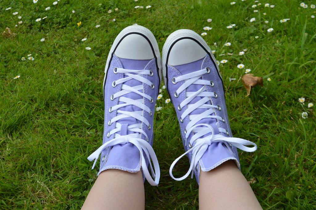 Lilac hi top converse