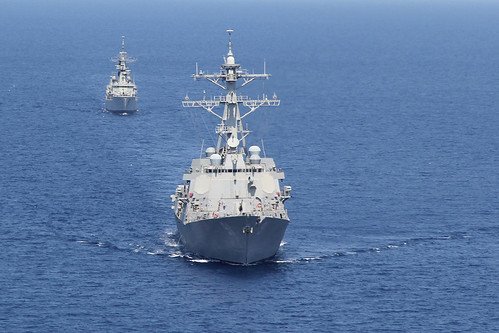 SOUTH CHINA SEA – The guided missile destroyer USS Pinckney (DDG 91) and the Indonesian navy frigate KRI Slamet Riyadi (F 352) conducted a two-day passing exercise (PASSEX).