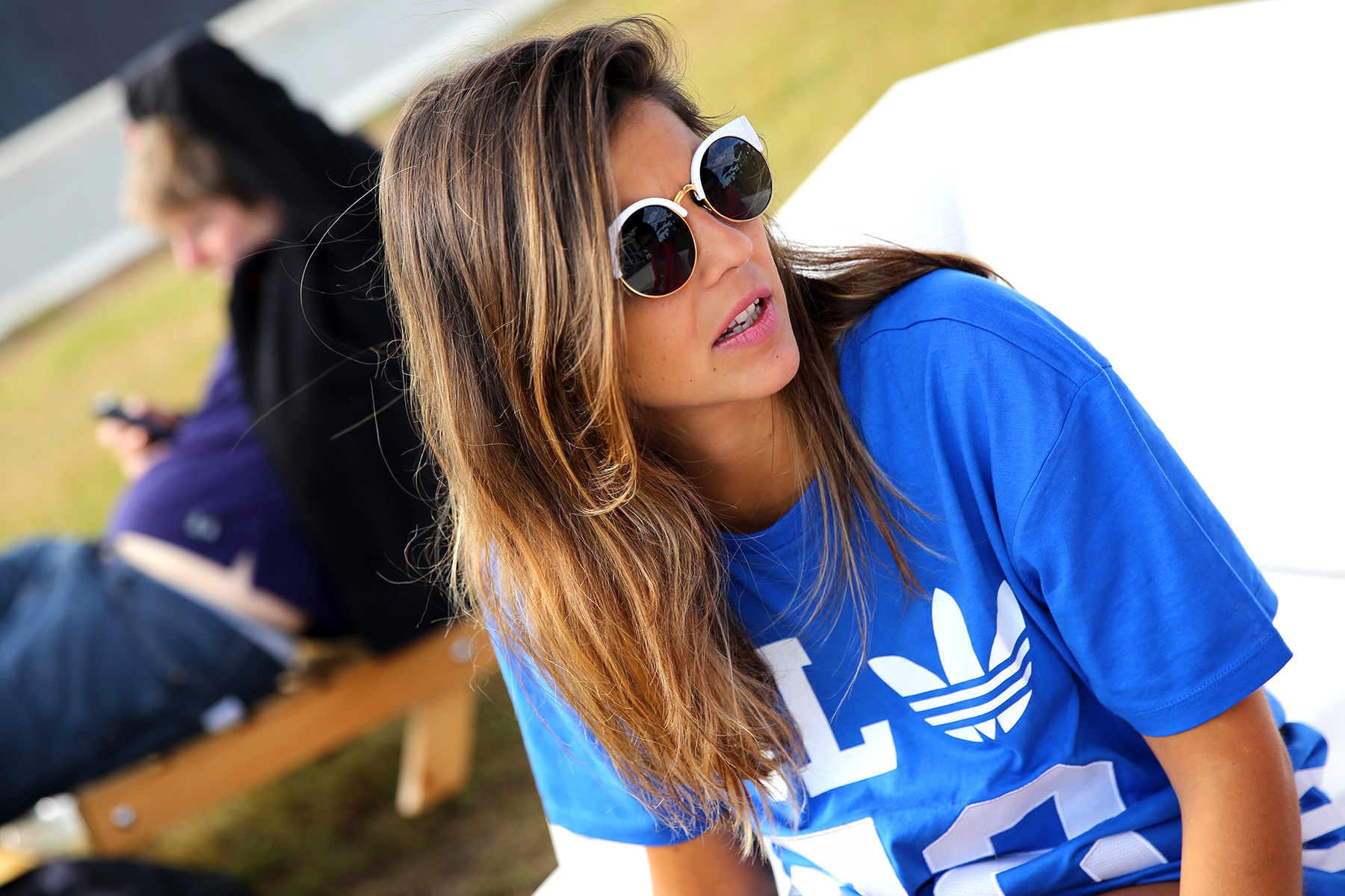trendy_taste-look-outfit-street_style-ootd-blog-blogger_españa-fashion_spain-moda_españa-festival-primavera_sound-adidas_originals-stan_smith-barcelona-camiseta-zapas-18