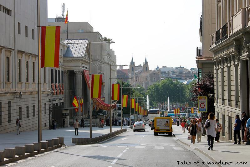 MADRID - Carrera de San Jerónimo - Palacio de las Cortes