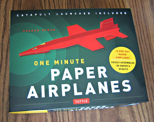 one-minute-paper-airplanes-kit