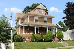 51 Waters Ave., Westerleigh