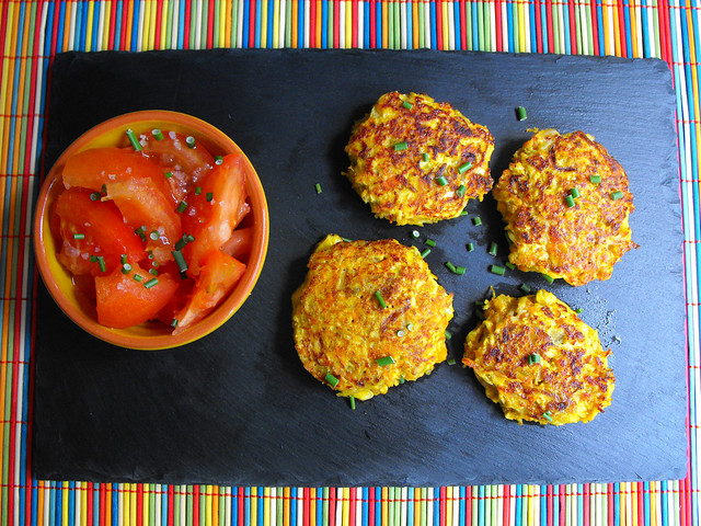 Mini-hambúrgueres de frango