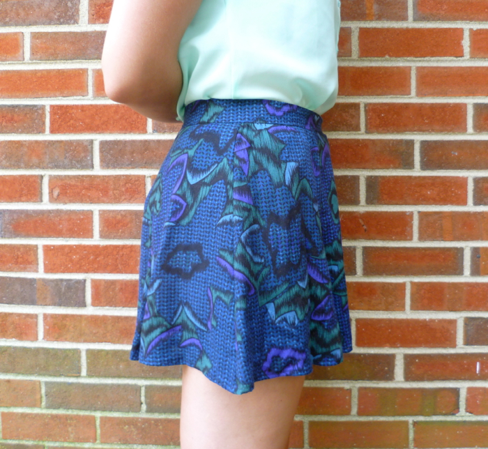 McCall's 6965 Skirt to Culottes Refashion - close up side by Hey, It's SJ