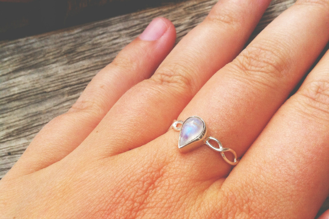 26 vivatramp moonstone ring gemstone jewellery uk book blogger lifestyle blog
