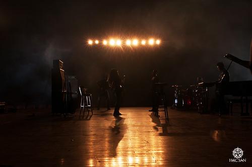 Hạc San chia sẻ về kế hoạch sắp tới cùng những hình ảnh hậu trường music video mới