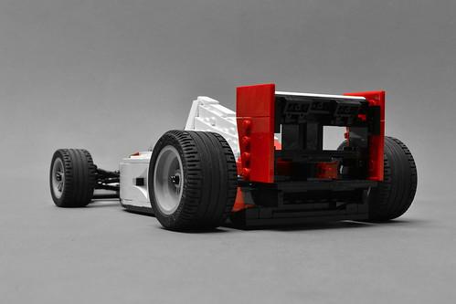 McLaren MP4/6 (7)