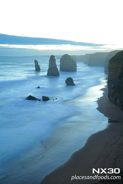 great ocean road 12 apostles calm
