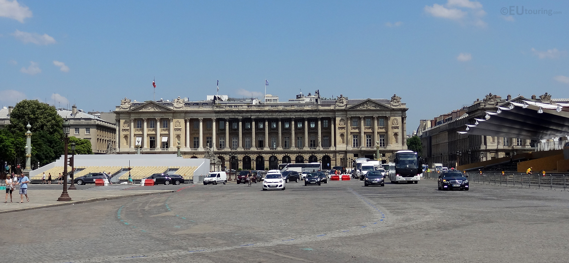 Road and buildings of the Place de la Concorde