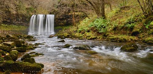waterfall e brecon beacons elis swyd