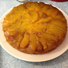 pie(0.0), sweet potato pie(0.0), plant(0.0), calabaza(0.0), produce(0.0), fruit(0.0), apple pie(0.0), pastry(1.0), baked goods(1.0), custard pie(1.0), tart(1.0), food(1.0), dish(1.0), tarte tatin(1.0), dessert(1.0), cuisine(1.0),