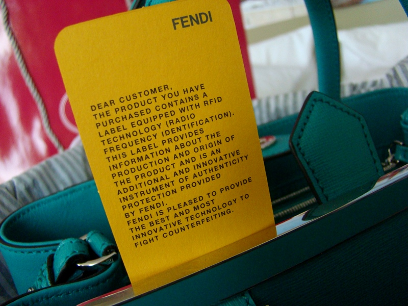 Fendi authentication card