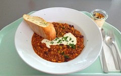 Chili con Carne, Sour Cream & Baguette