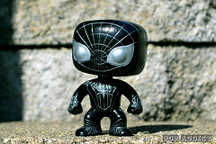 venom-spider-man-pop-addict-customs