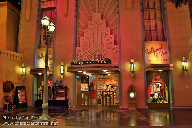 DLP Aug 2014 - Heading out of the Studios