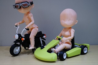 【玩具人'吉米'投稿】自製研發Q版高可動人偶亞當夏娃的交通工具約會之旅!!