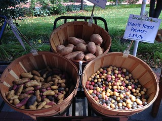 Dining services draws from near and far states to stock farmers market