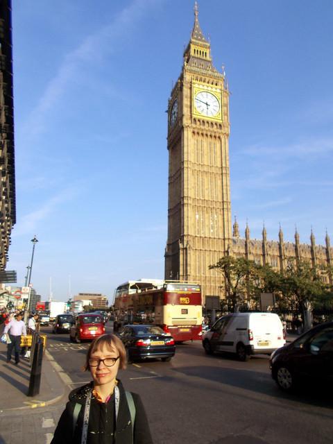LONDON 1064