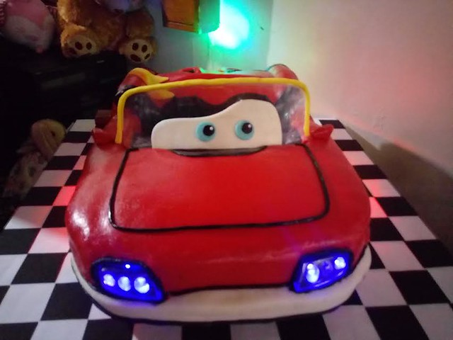 Car Theme Cake Mc Queen by Cindy Almero Mendoza