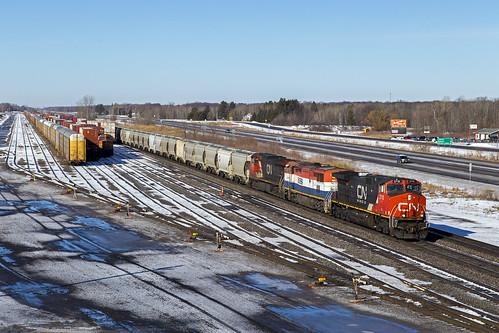 ic2710 ubavcnp train railroad staplesmn gec408w canadiannational bcol4619 bcol gec408m cn2529 gec449w codeblue emptysandtrain bnsfstaplessub staplessub staplesyard
