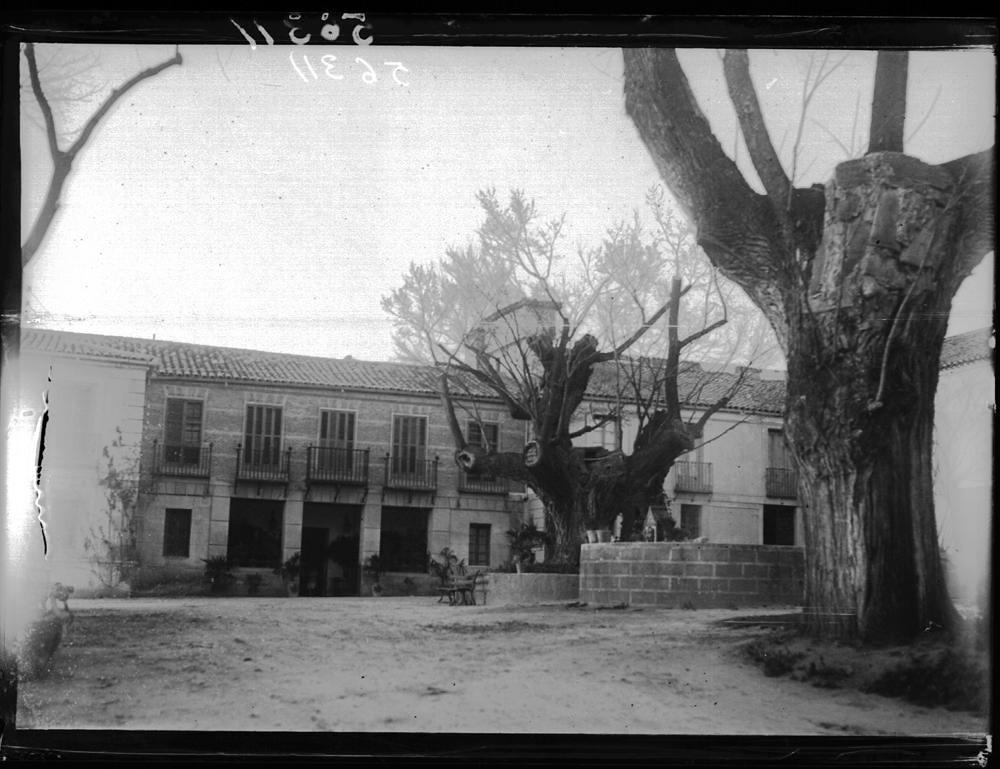 Cigarral de Buenavista a comienzos del siglo XX © MECD, Fototeca del IPCE, signatura VN-11378_P