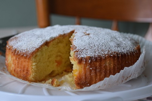 Apricot and Almond Sponge 1