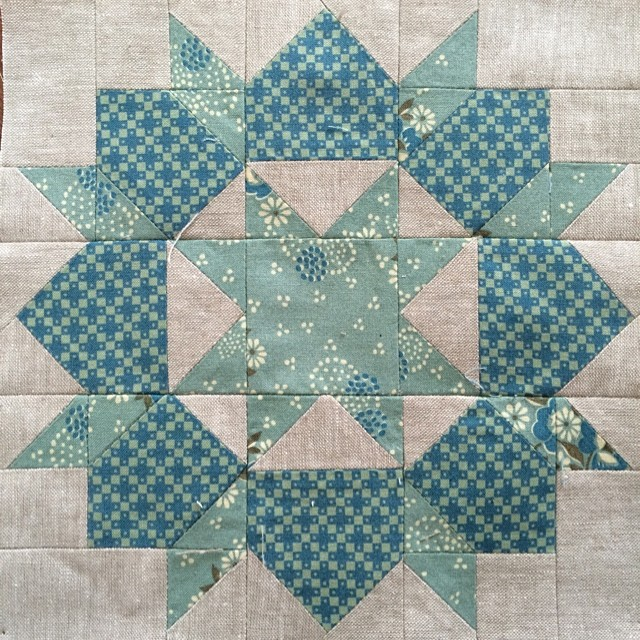 Block 2: mini swoon for the #schnitzelandboominiquiltswap #miniquilt