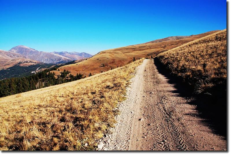 Jeep road across Beaver ridge