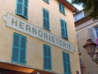 Herboristería en Antibes (Provenza, Costa Azul, Francia)