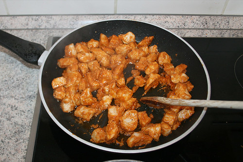 51 - Mit Fleisch verrühren / Mix wit meat