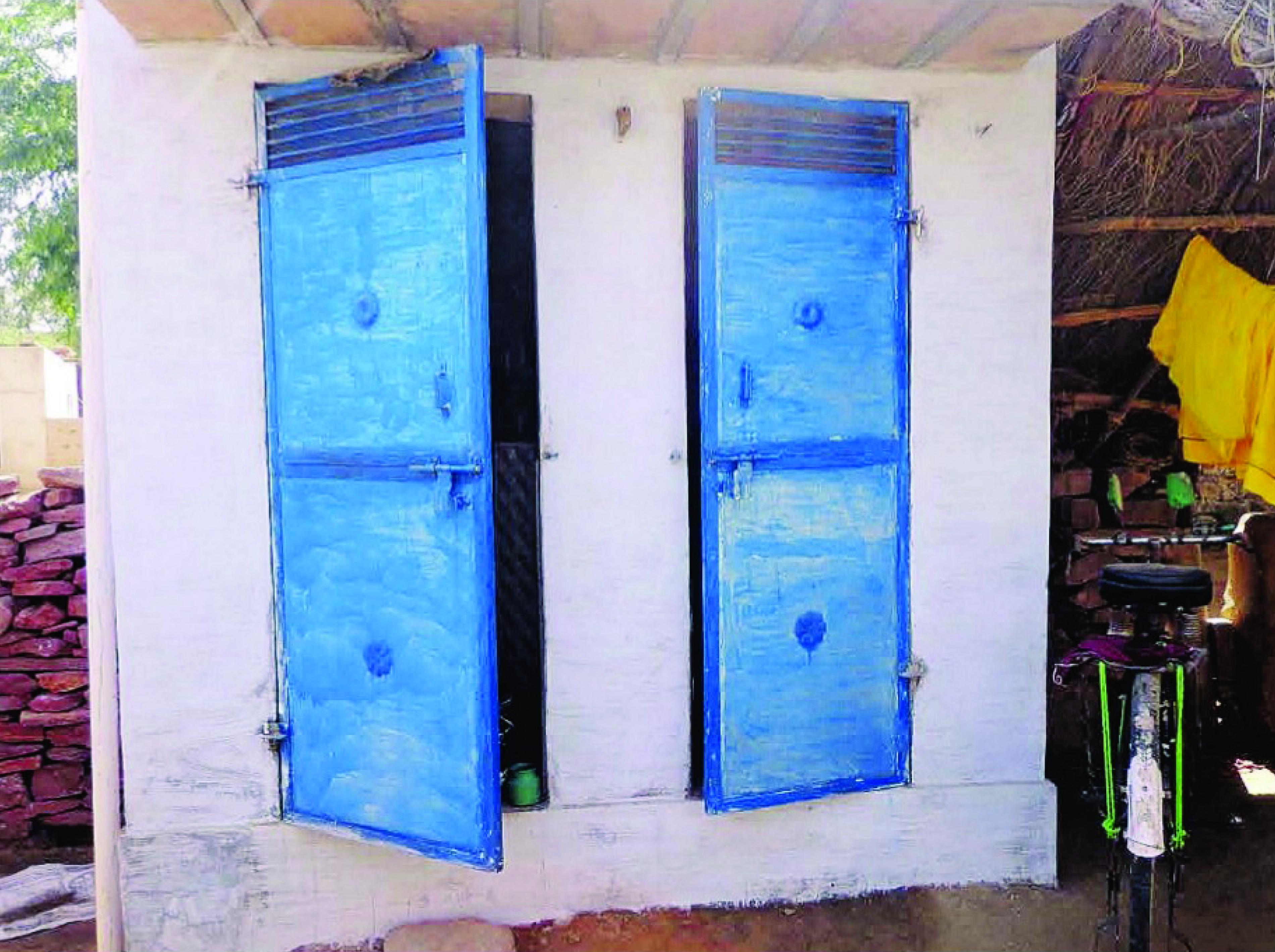 ग्रामीणों के प्रयास से बना हर घर में शौचालय