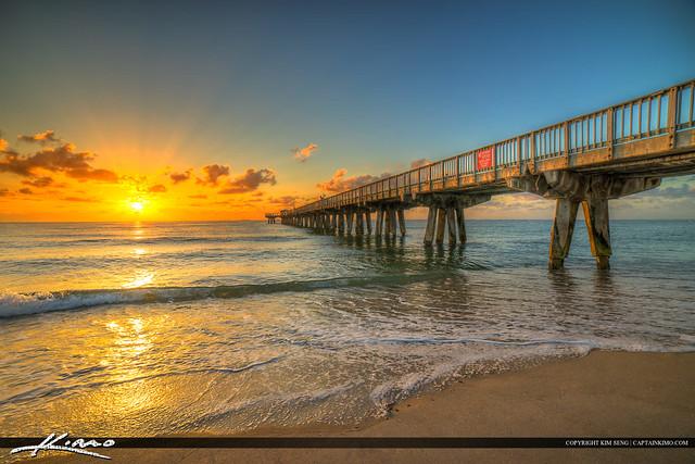 Pompano beach pier broward county florida at the beach for Pompano fishing pier