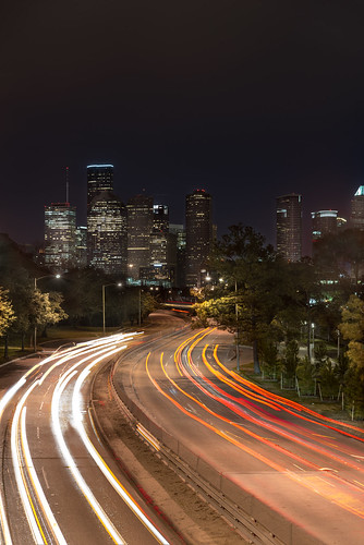 auto city light cidade lightpainting building luz car skyline race skyscraper cityscape texas nightshot unitedstates houston noturna coche carro noite rua prédio corrida edifício سيارة arranhacéu houstondowntown panoramaurbano