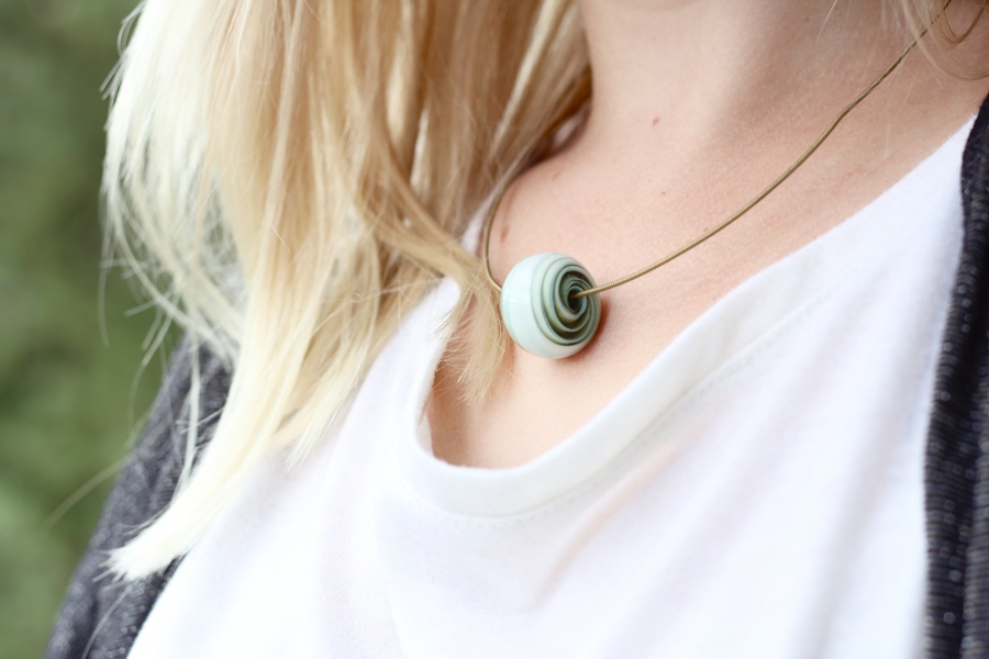 outfit-necklace-green