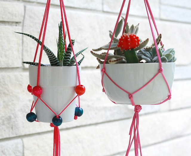 how to make a beaded plant holder tutorial via Kristina J blog