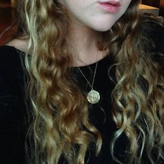 hair was soooo curly 2day