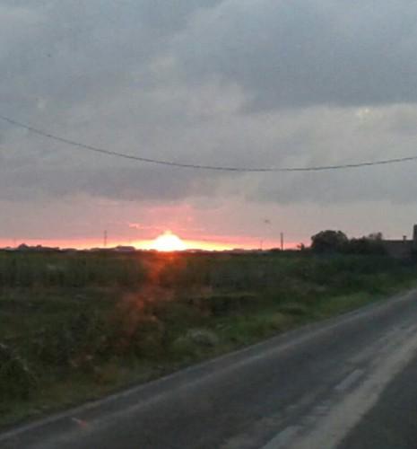 La strada verso il sole...forse! by meteomike