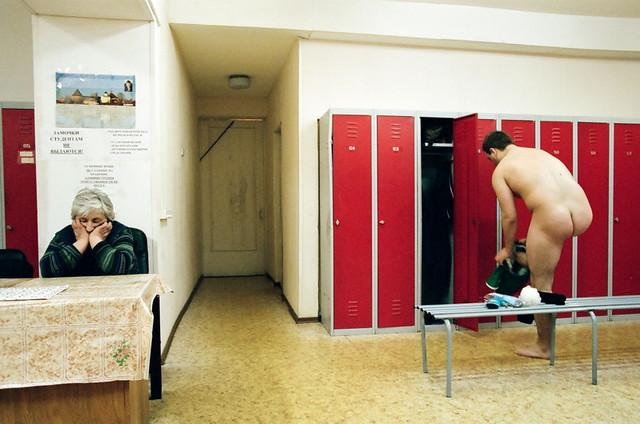 Мужская раздевалка Men's locker room