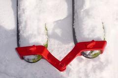 Pomůcky pro nácvik pluhu avedení lyží u malých dětí