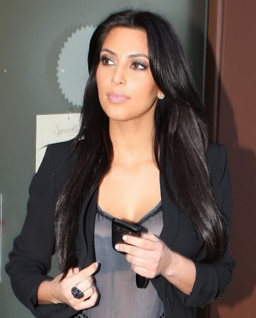 kim kardashian uncensored blackberry (3)