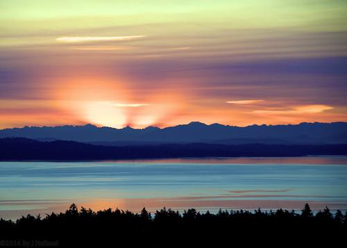 morning sea orange sun sunrise nikon purple turquoise horizon 18200mmvr d7000